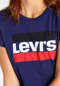 Levi's® - THE PERFECT - T-shirt imprimé - blue - 3