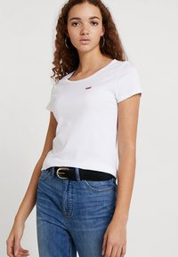 Levi's® - TEE 2 PACK - T-shirts - white/mineral black - 3