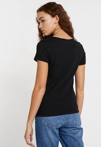 Levi's® - TEE 2 PACK - T-shirt - bas - white/mineral black - 2