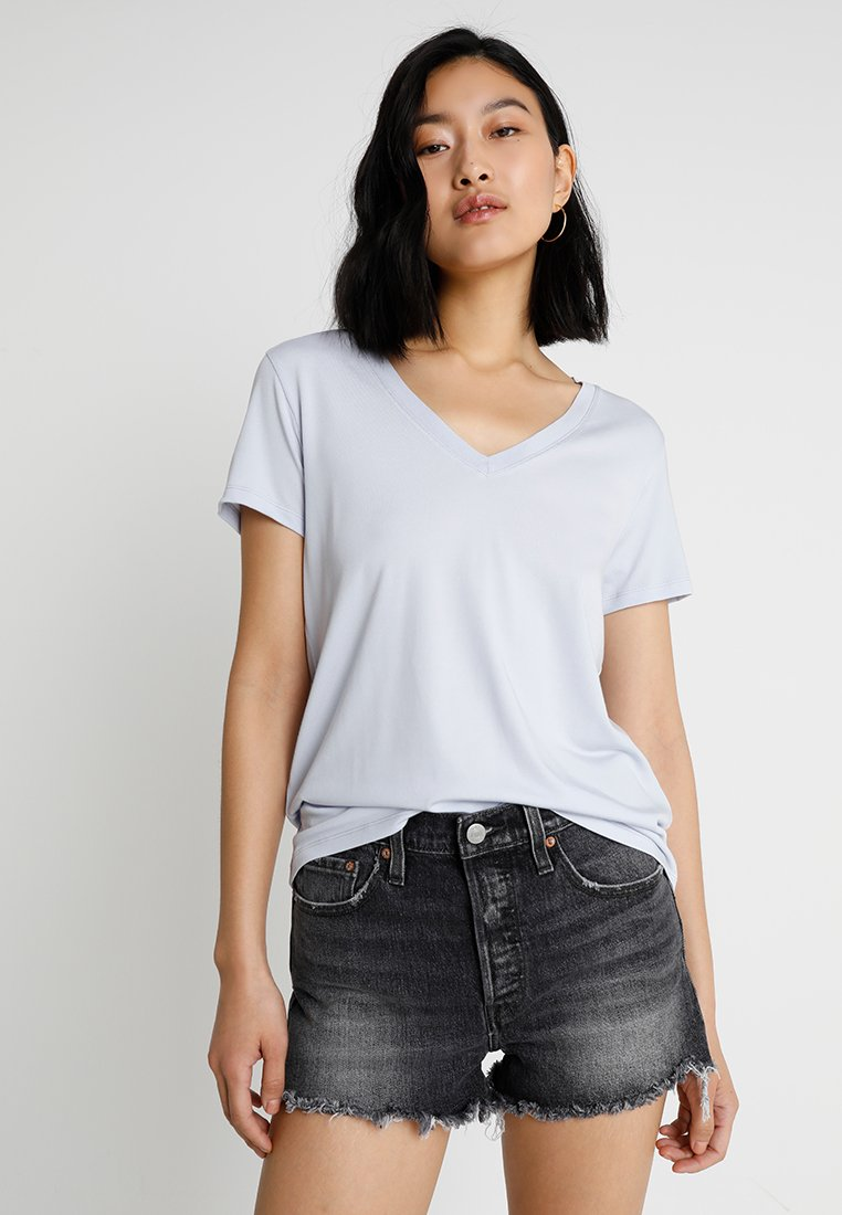 Levi's® - ESSENTIAL V NECK - T-Shirt print - xenon blue