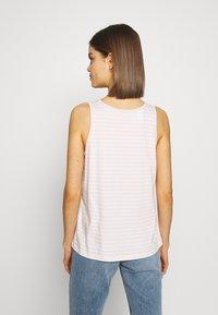 Levi's® - BOBBI TANK - Topper - raita stripe peach blush - 2