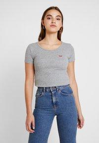 Levi's® - TEE 2 PACK - T-shirt - bas - white/smokestack heather - 0