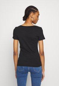 Levi's® - TEE 2 PACK - T-shirts - mineral black/mineral black - 2
