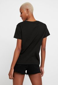 Levi's® - FLORENCE TEE - Print T-shirt - meteorite - 2