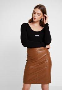 Levi's® - JOSIE  - Long sleeved top - black - 0