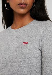 Levi's® - BABY TEE - Long sleeved top - smokestack heather - 4