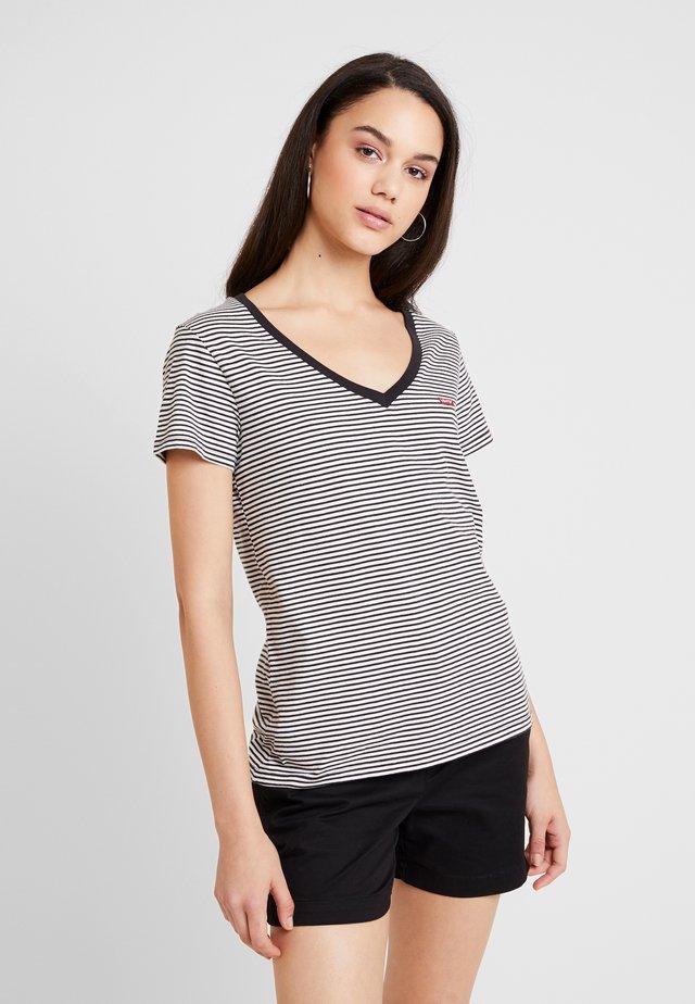 PERFECT V NECK - Camiseta estampada - cloud dancer