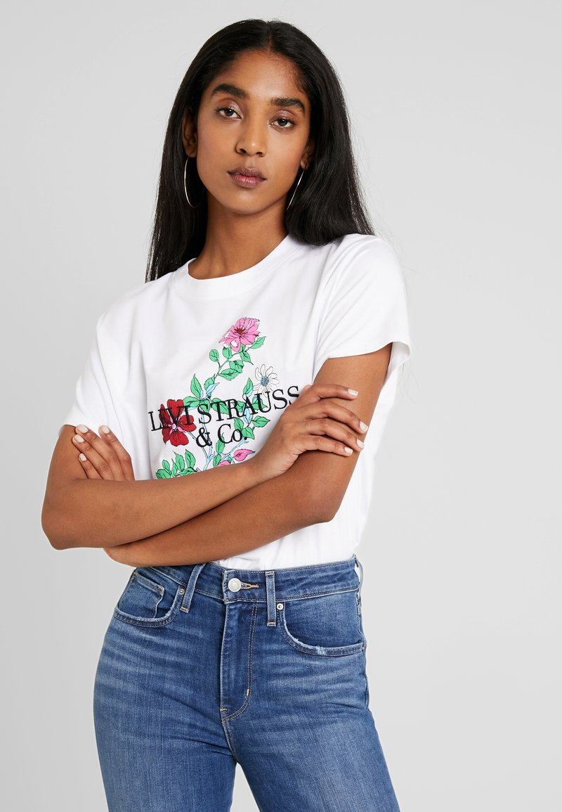 Levi's® - GRAPHIC VARSITY TEE - Print T-shirt - white