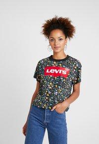 Levi's® - GRAPHIC VARSITY TEE - Print T-shirt - multicolor - 0