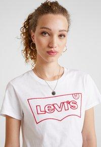 Levi's® - THE PERFECT TEE - Triko spotiskem - hsmk outline white - 3