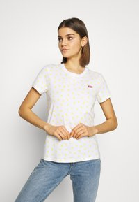Levi's® - PERFECT TEE - T-shirt z nadrukiem - yellow - 0