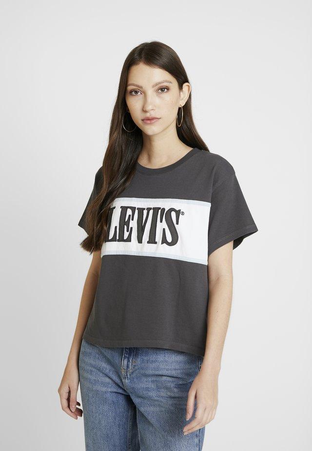 CAMERON TEE - Camiseta estampada - iron/white/baby blue