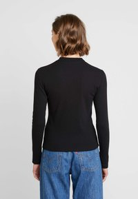Levi's® - PENNY MOCKNECK - Long sleeved top - caviar - 2