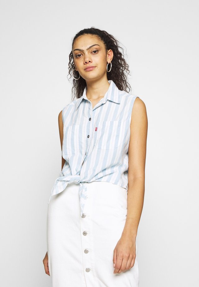 ALINA TIE SHIRT - Overhemdblouse - light blue/white