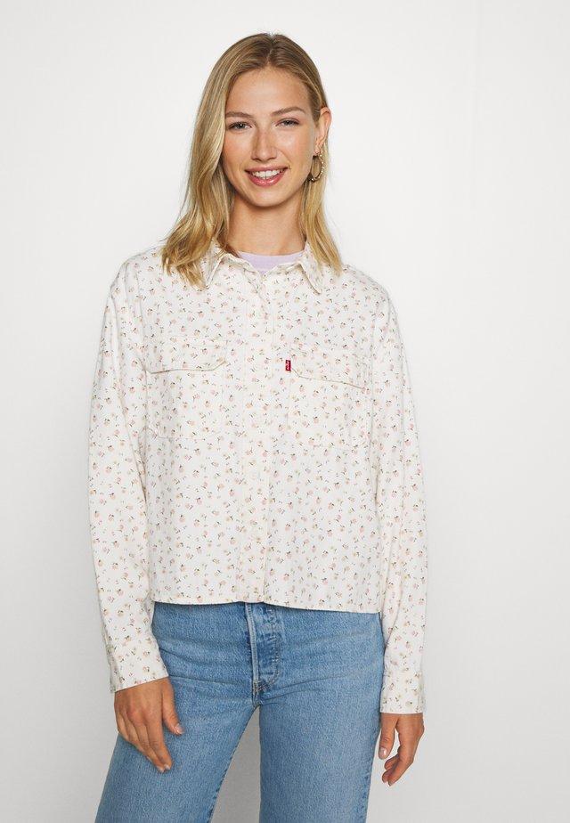 OLSEN UTILITY - Button-down blouse - off-white