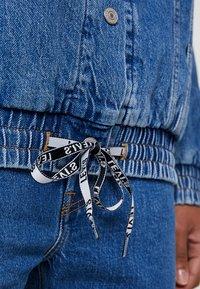 Levi's® - DAD SPORT TRUCKER - Giacca di jeans - dark-blue denim - 5