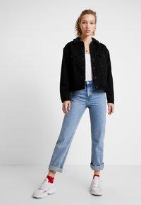 Levi's® - SHERPA TRUCKER - Denim jacket - forever black - 1