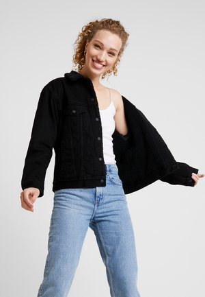 SHERPA TRUCKER - Denim jacket - forever black