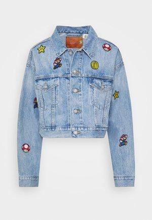 CROP DAD TRUCKER - Jeansjakke - light blue denim