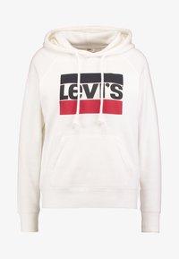 Levi's® - GRAPHIC SPORT - Bluza z kapturem - marshmallow - 6