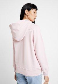 Levi's® - GRAPHIC SPORT HOODIE - Hoodie - baby tab pink lady - 2
