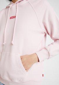 Levi's® - GRAPHIC SPORT HOODIE - Hoodie - baby tab pink lady - 5
