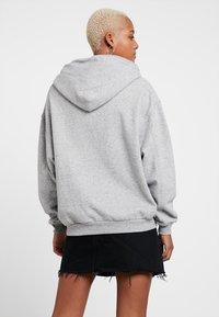 Levi's® - UNBASIC HOODIE - Bluza z kapturem - smokestack heather - 2