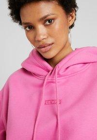 Levi's® - UNBASIC HOODIE - Felpa con cappuccio - pink - 4