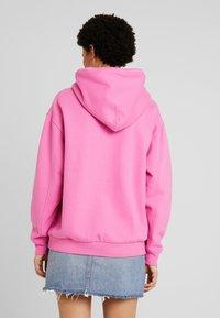 Levi's® - UNBASIC HOODIE - Felpa con cappuccio - pink - 2