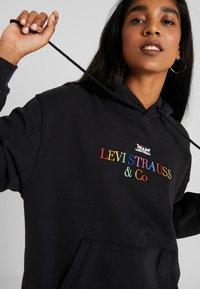Levi's® - UNBASIC' HOODIE - Felpa con cappuccio - black - 4