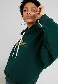 Levi's® - SADIE FUNNEL NECK - Sweatshirt - pine grove - 4