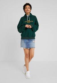 Levi's® - SADIE FUNNEL NECK - Sweatshirt - pine grove - 1