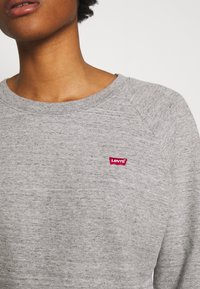 Levi's® - RELAXED CREW NEW - Collegepaita - smokestack heather - 5