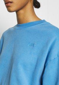 Levi's® - DIANA CREW - Sweatshirt - marina - 5