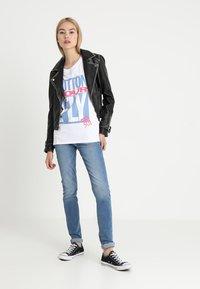 Levi's® - 711 SKINNY - Jeans Skinny - all play - 1