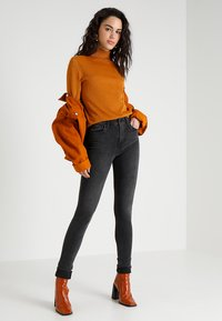 Levi's® - 721™ HIGH RISE SKINNY - Jeans Skinny - california rebel - 2