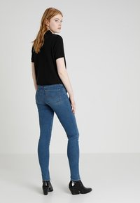 Levi's® - 721™ HIGH RISE SKINNY - Jeansy Skinny Fit - dust in the wind - 2