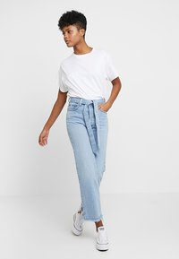 Levi's® - RIBCAGE STRAIGHT ANKLE - Jeans straight leg - get it done - 2