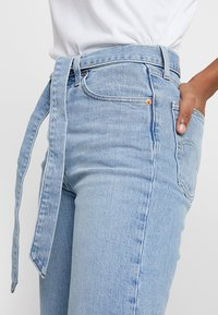 Levi's® - RIBCAGE STRAIGHT ANKLE - Jeans straight leg - get it done - 5