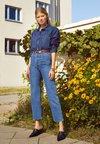 Levi's® - RIBCAGE STRAIGHT ANKLE - Jeans straight leg - georgie