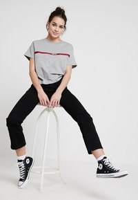 Levi's® - MILE HIGH CROP FLARE - Flared jeans - black sheep - 1