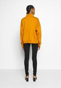 Levi's® - 720 HIRISE SUPER SKINNY - Jeans Skinny Fit - black galaxy - 2