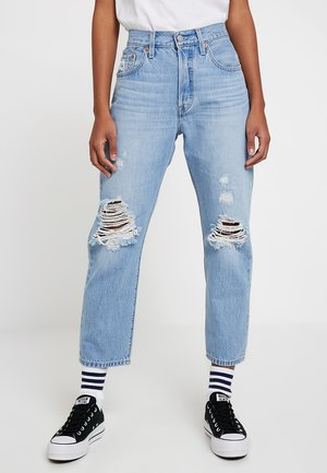 501® CROP - Jeansy Straight Leg - montgomery patched