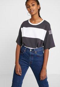 Levi's® - 501® CROP - Straight leg jeans - charleston vision - 3