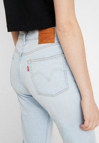 Levi's® - 501® CROP - Jeans Straight Leg - light-blue denim