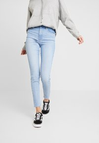Levi's® - MILE HIGH SUPER SKINNY - Jeans Skinny Fit - between space and time - 0