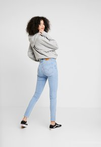 Levi's® - MILE HIGH SUPER SKINNY - Jeansy Skinny Fit - between space and time - 2