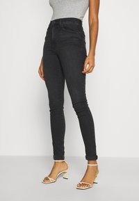 Levi's® - MILE HIGH SUPER SKINNY - Jeans Skinny Fit - black haze - 0