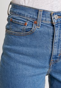 Levi's® - MOM JEAN - Tapered-Farkut - pacific sky - 3