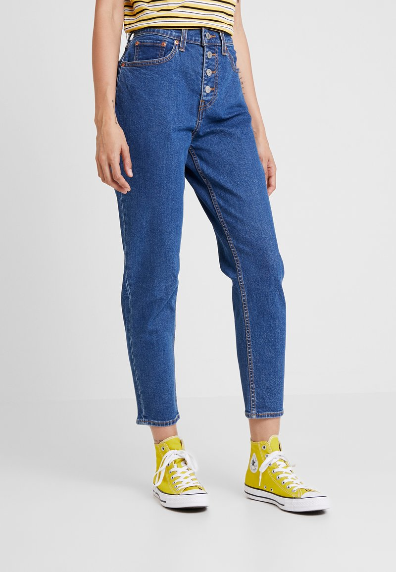 Levi's® - EXPOSED BUTTON MOM JEAN - Relaxed fit jeans - pacific dream
